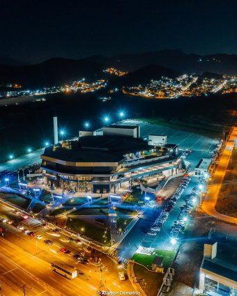Arena Petry celebra um ano