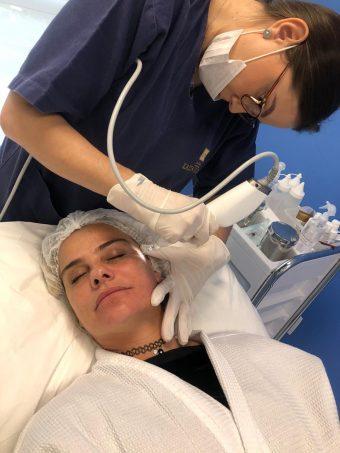 Apaixonada Milene Domingues cuida