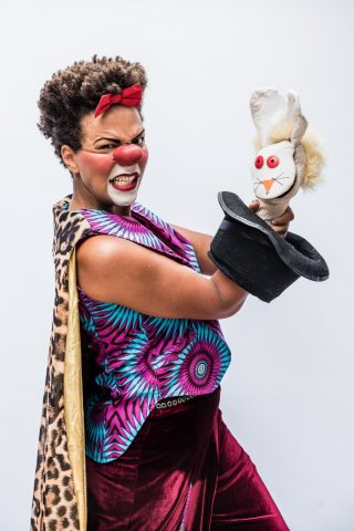 Espetáculo Quizumba inicia temporada
