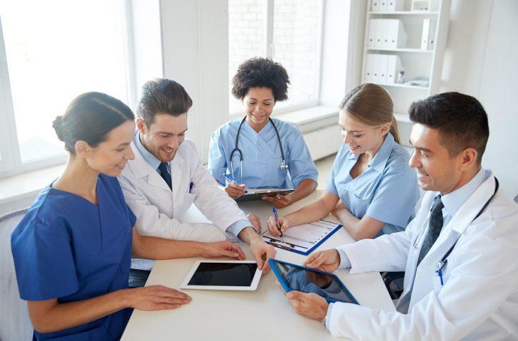 Espaços compartilhados dedicados à área da saúde