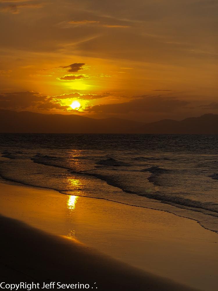 Jurerê Beach Village - Pé na areia perfeito em qualquer estação